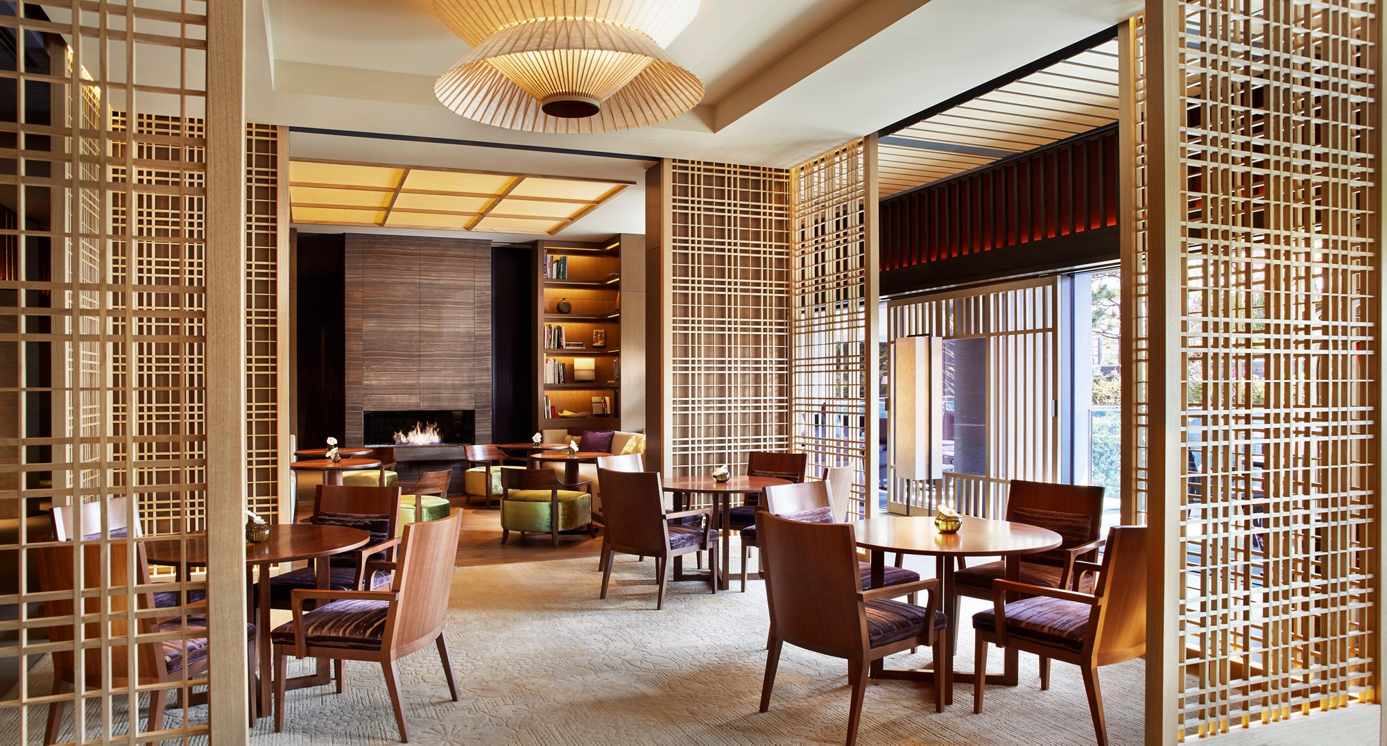 The Lobby Lounge_Overall.png